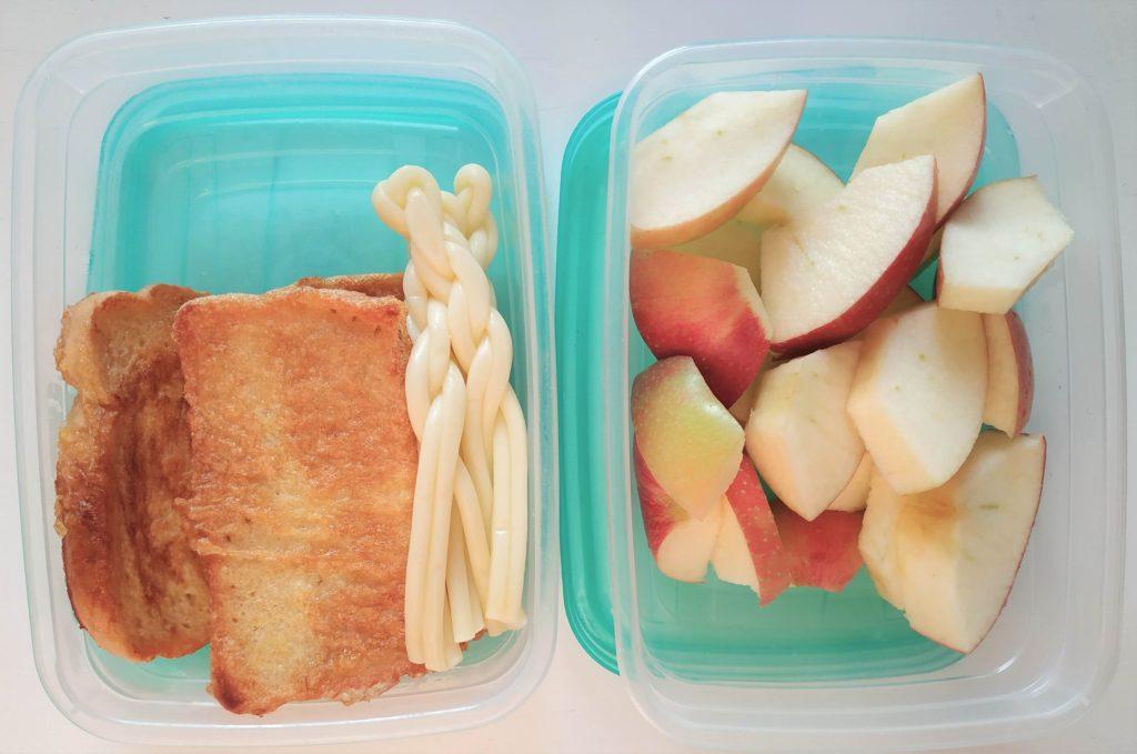 desiata do školy, desiata pre tretiačku, chlebík vo vajíčku, jabĺčka