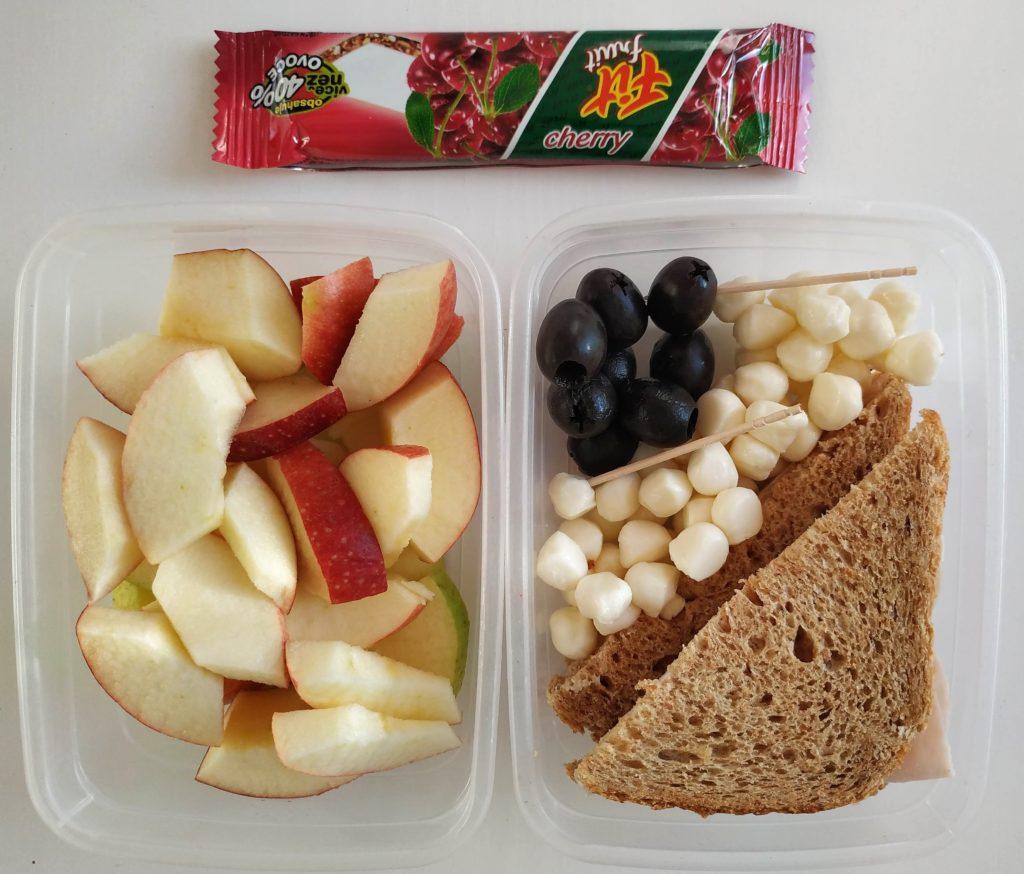 zdrava desiata pre deti do skoly, mozzarelky do skoly, chlebik so sunkou do skoly