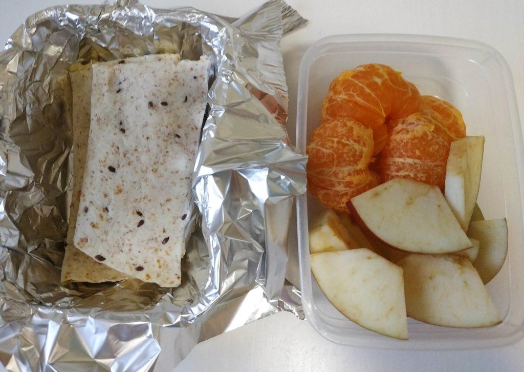 zdrava desiata, desiata do skoly, desiata pre deti do skoly, vajickove chleby, kornflejky, ovocie